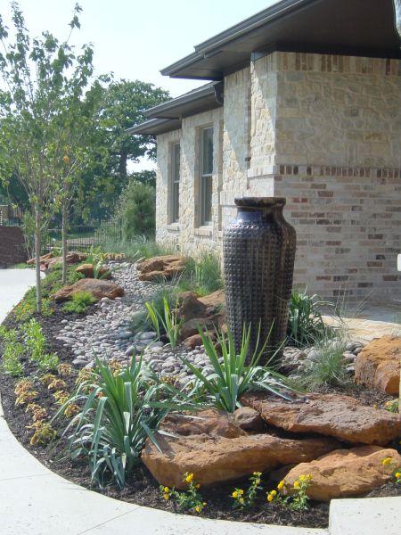 Landscaping Boulders Houston : Landscaping